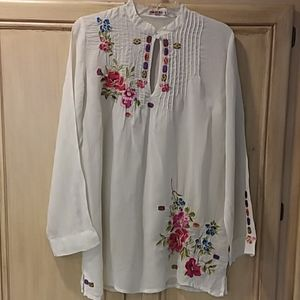 Johnny was small white sheer embroidered blouse